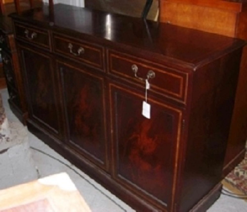 englisches mahagoni sideboard edwardian style mit. Black Bedroom Furniture Sets. Home Design Ideas