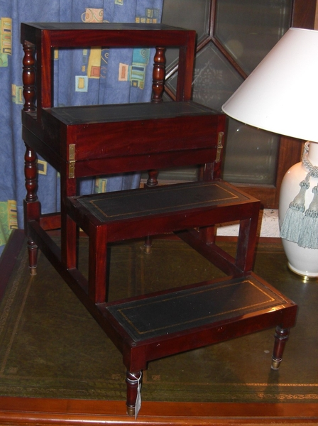Couchtisch klappbar zur Treppe  Antik Möbel Antiquitäten