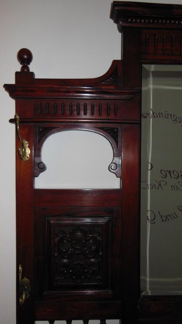 massive garderobe gro im victorianischen stil antik m bel antiquit ten alling bei m nchen. Black Bedroom Furniture Sets. Home Design Ideas
