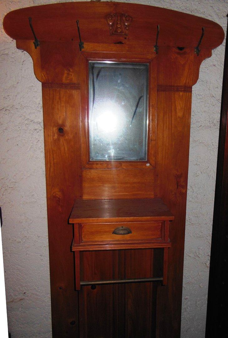 massive kirschholz garderobe jugendstil art antik m bel antiquit ten alling bei m nchen. Black Bedroom Furniture Sets. Home Design Ideas
