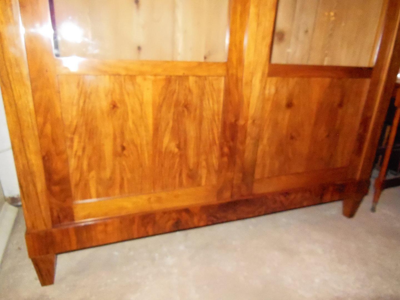 biedermeier b cherschrank nu baum wurzelholzfurniert um 1820 antik m bel antiquit ten alling. Black Bedroom Furniture Sets. Home Design Ideas