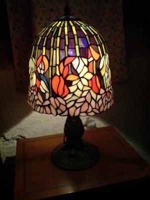 besondere ltere tiffany lampe relativ gro antik m bel antiquit ten alling bei m nchen. Black Bedroom Furniture Sets. Home Design Ideas