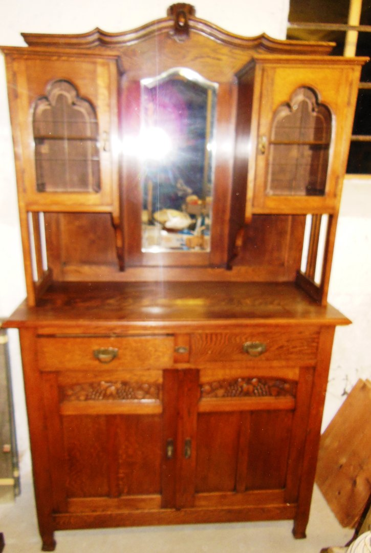 massives eichenb ffet buffet eiche k chenschrank k chenbuffet geschirrschrank jugendstil um 1900. Black Bedroom Furniture Sets. Home Design Ideas