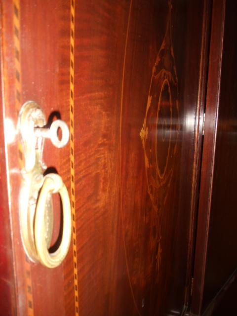 Schmaler Geschirrschrank Wscheschrank Wohnzimmerschrank Mahagoni Schrank Jugendstil Um 1900