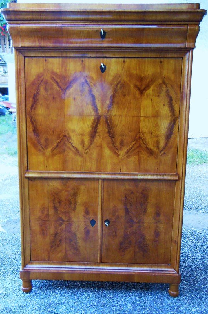 biedermeier nu baum sekret r um 1840 antik m bel. Black Bedroom Furniture Sets. Home Design Ideas