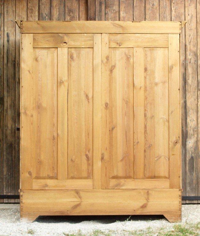 alter antiker jugendstil kleiderschrank dreit rig. Black Bedroom Furniture Sets. Home Design Ideas