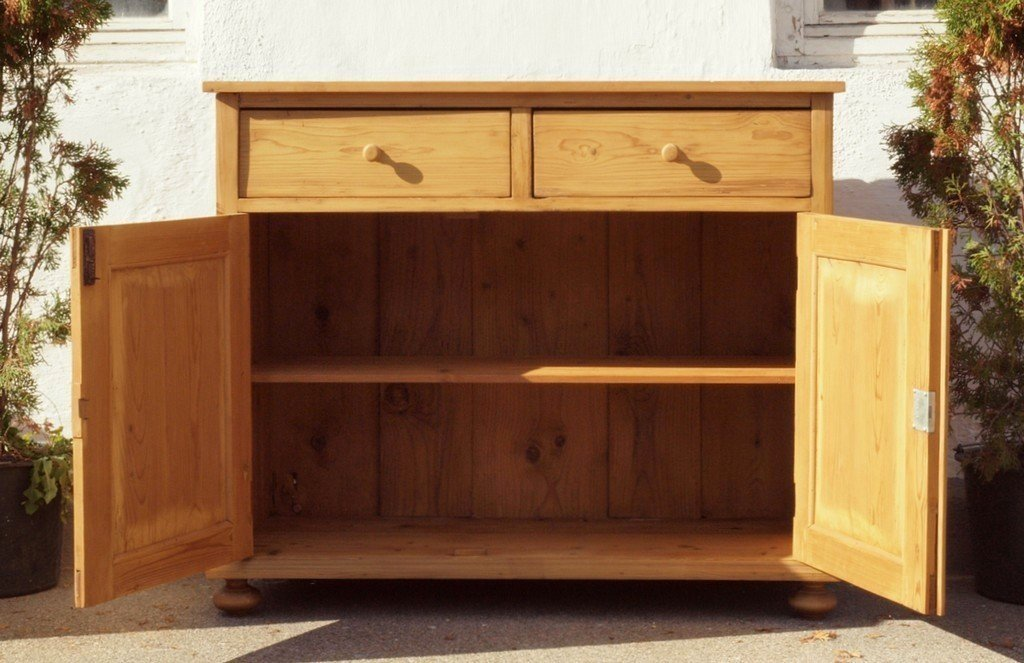 alte antike anrichte kommode bauernkommode weichholz. Black Bedroom Furniture Sets. Home Design Ideas