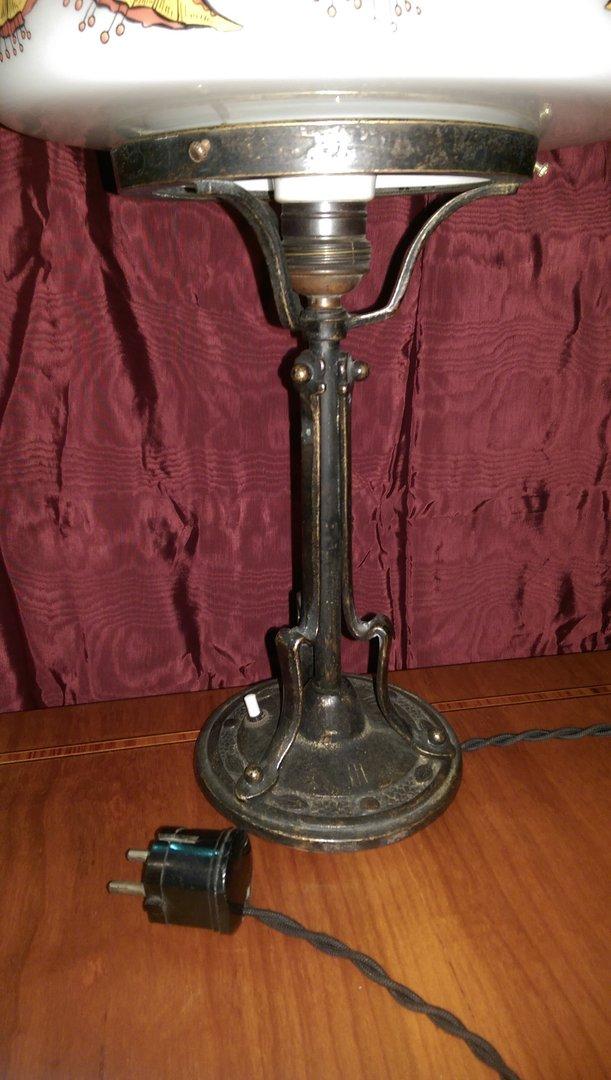 alte stil lampe weisser bemalter schirm antik m bel antiquit ten alling bei m nchen zwischen. Black Bedroom Furniture Sets. Home Design Ideas