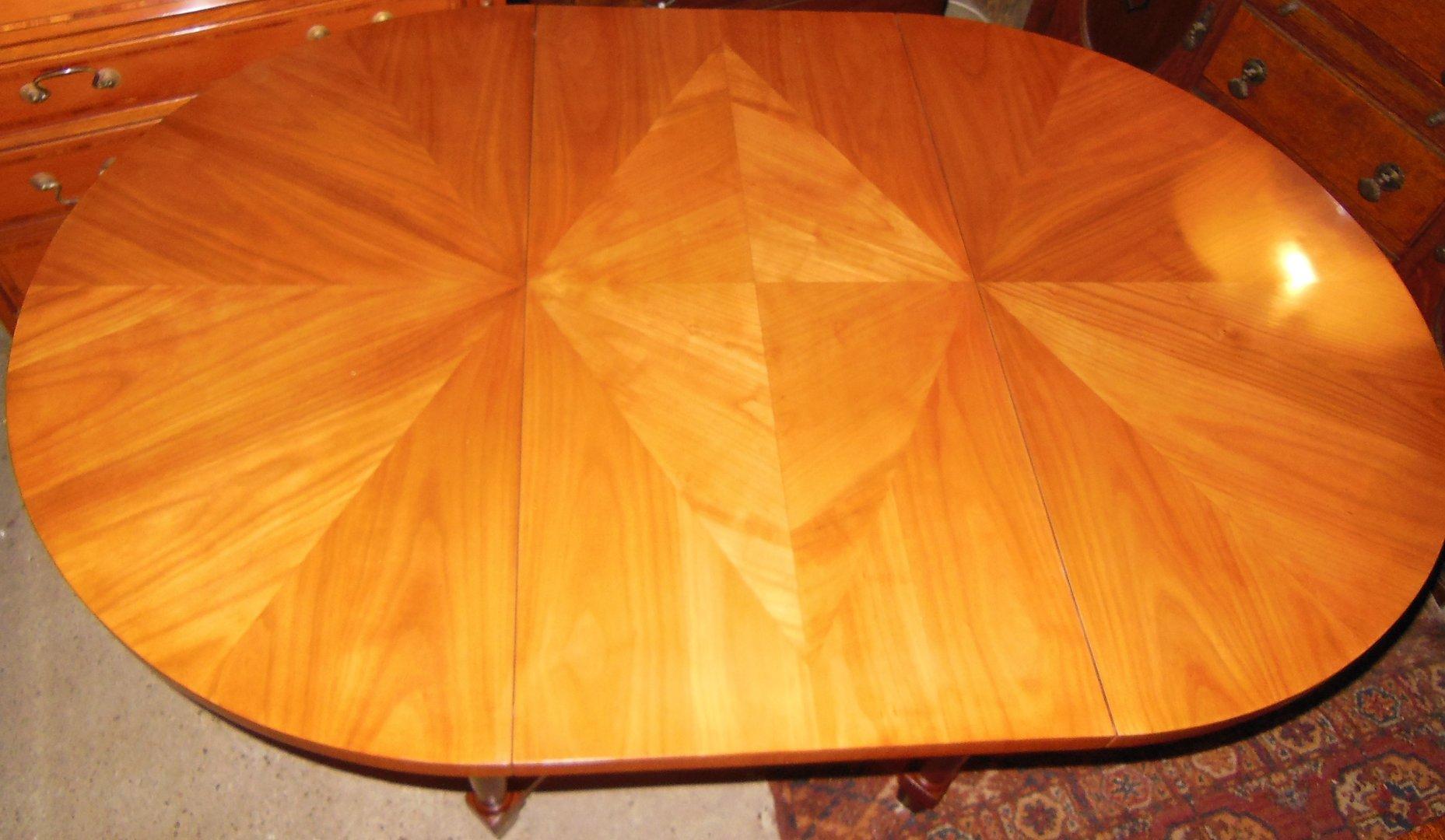 Kleiner Esstisch Rund ~ Kleiner Biedermeier Esstisch rund und verlängerbar  Antik Möbel Antiquitäten