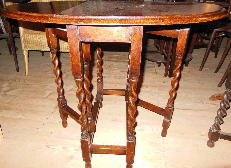 kleinster eichengateleg massiv eiche um 1910 antik m bel antiquit ten alling bei m nchen. Black Bedroom Furniture Sets. Home Design Ideas