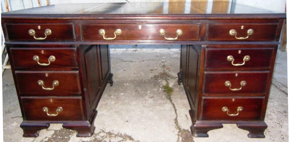 englischer schreibtisch pedestale massiv mahagoni antik m bel antiquit ten alling bei m nchen. Black Bedroom Furniture Sets. Home Design Ideas