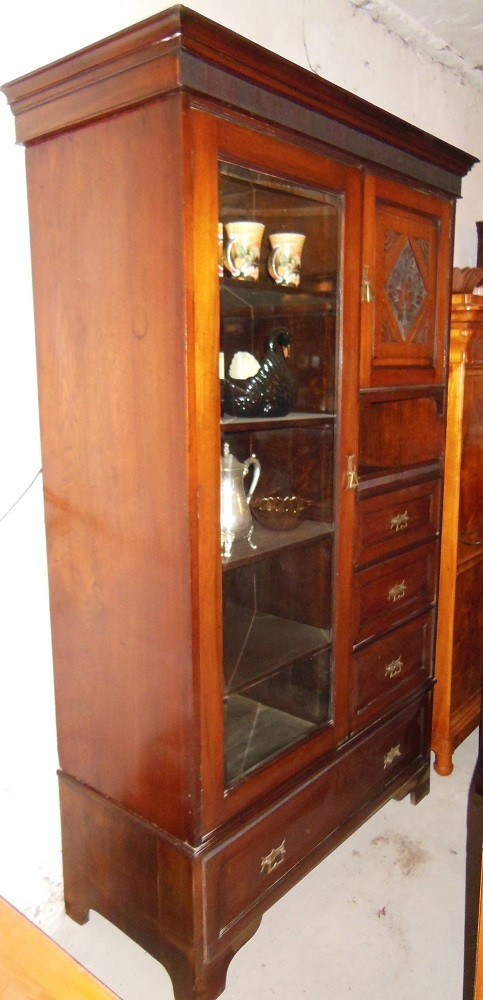 nu baum wohnzimmerschrank schrank vitrine um1900 jugendstil schrank antik m bel antiquit ten. Black Bedroom Furniture Sets. Home Design Ideas