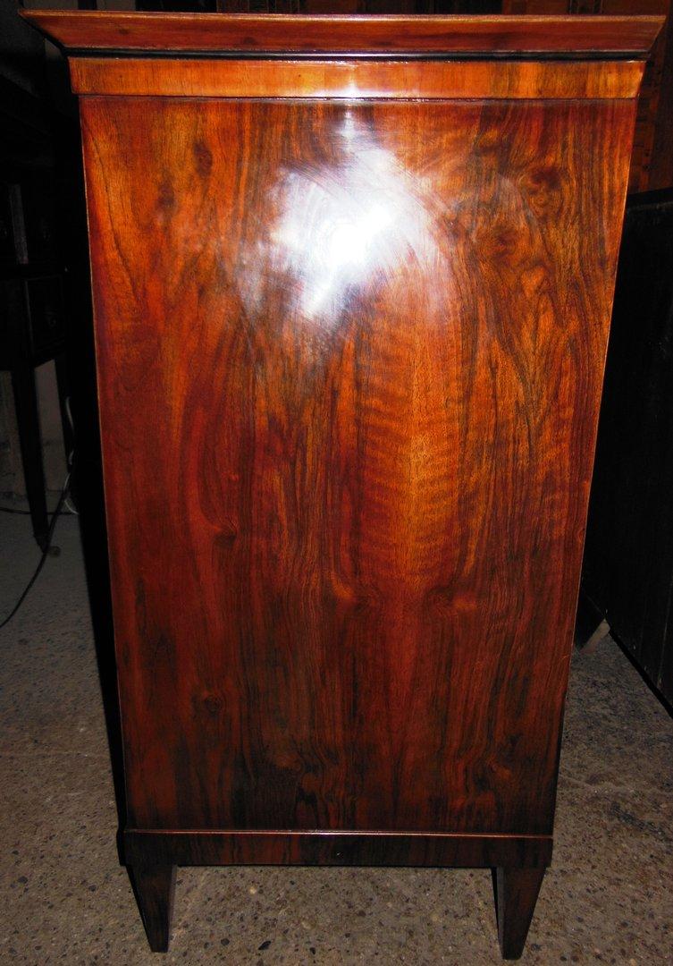 biedermeier art kommode nussbaum wurzelfurniert antik m bel antiquit ten alling bei m nchen. Black Bedroom Furniture Sets. Home Design Ideas