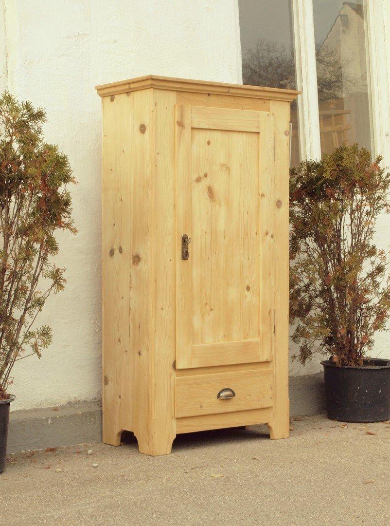 schmaler schrank antik home image ideen. Black Bedroom Furniture Sets. Home Design Ideas