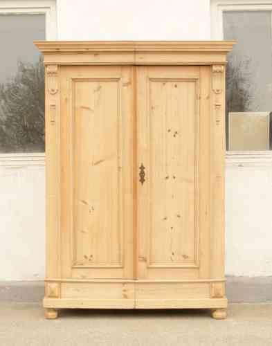 alter restaurierter bauernschrank bauernm bel um 1900 in fichtenholz antik m bel antiquit ten. Black Bedroom Furniture Sets. Home Design Ideas