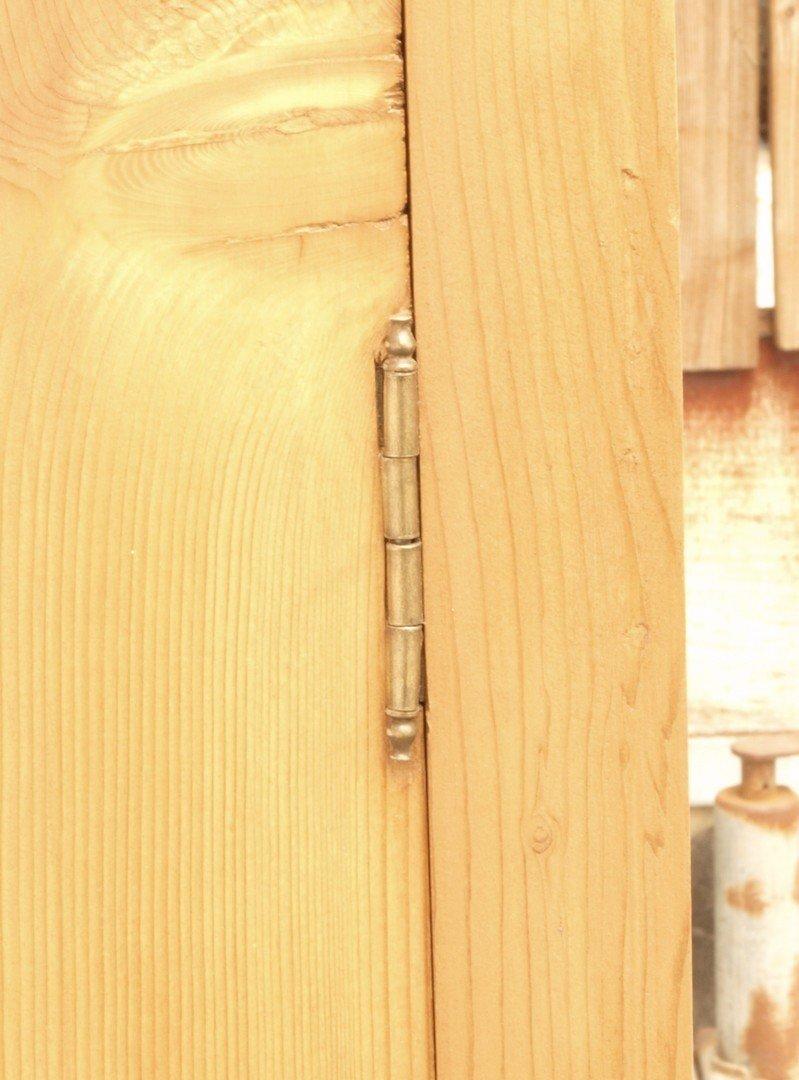 w scheschrank schmaler bauernschrank massivholzm bel katalog. Black Bedroom Furniture Sets. Home Design Ideas