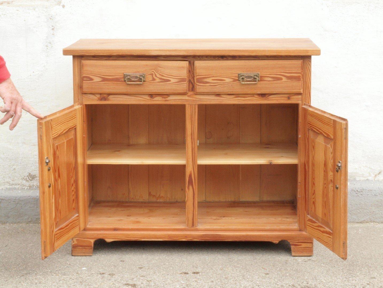 alte antike anrichte kommode wickelkommode massivholz kiefer. Black Bedroom Furniture Sets. Home Design Ideas