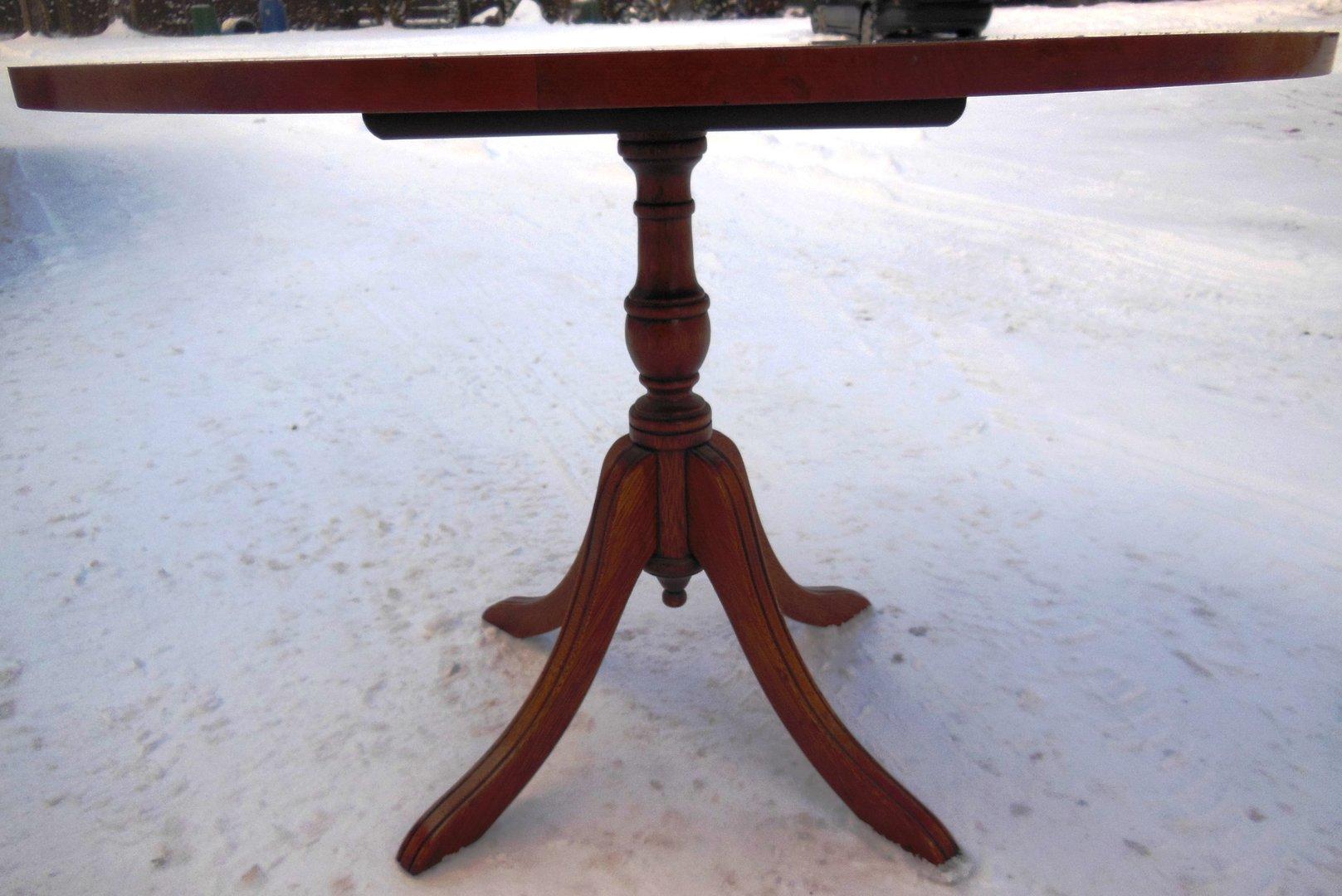 Englischer EibenCouchtisch  Antik Möbel Antiquitäten