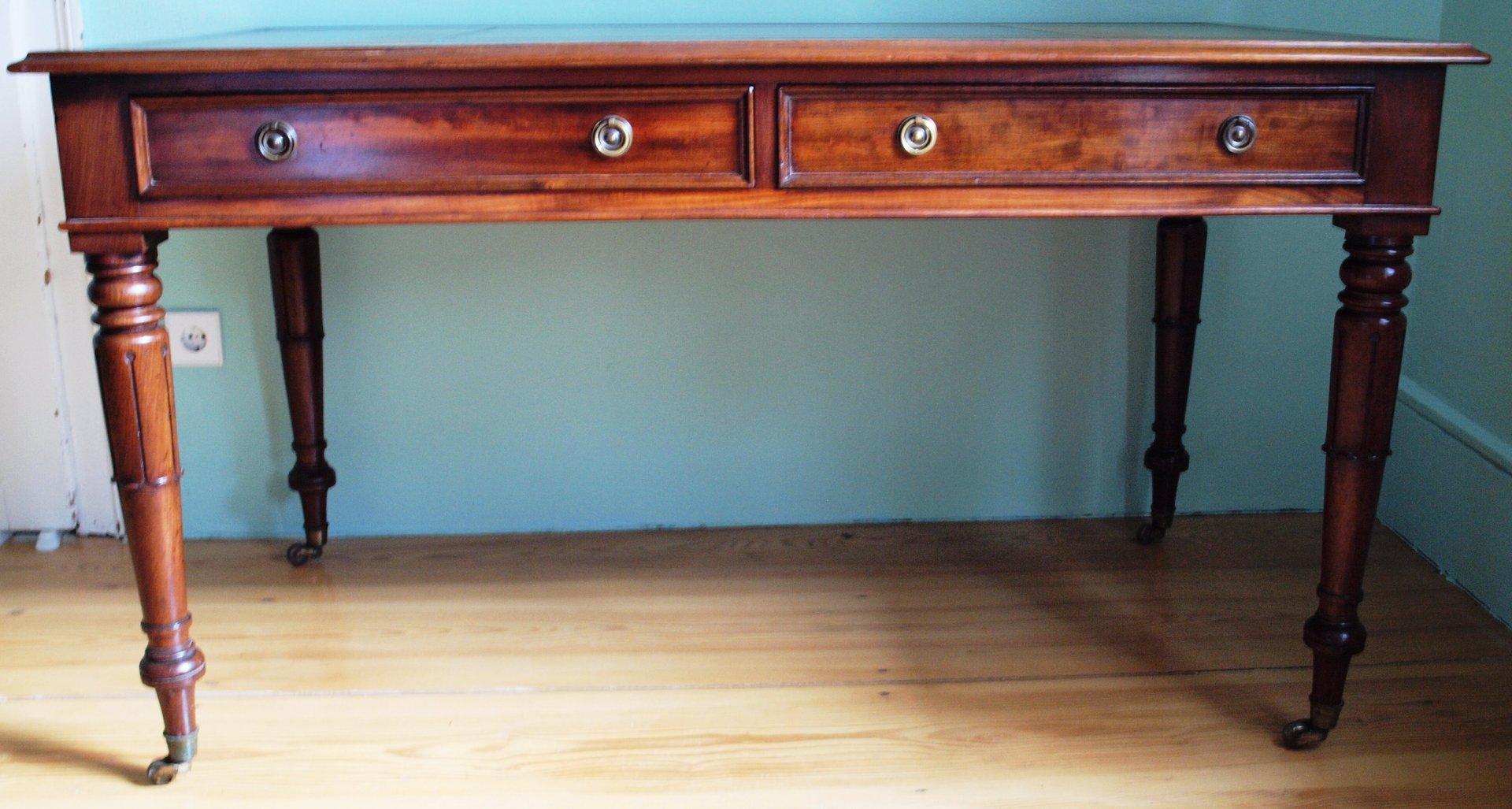 Schreibtisch b rotisch englisch um 1890 mit braunem leder for Schreibtisch auf englisch