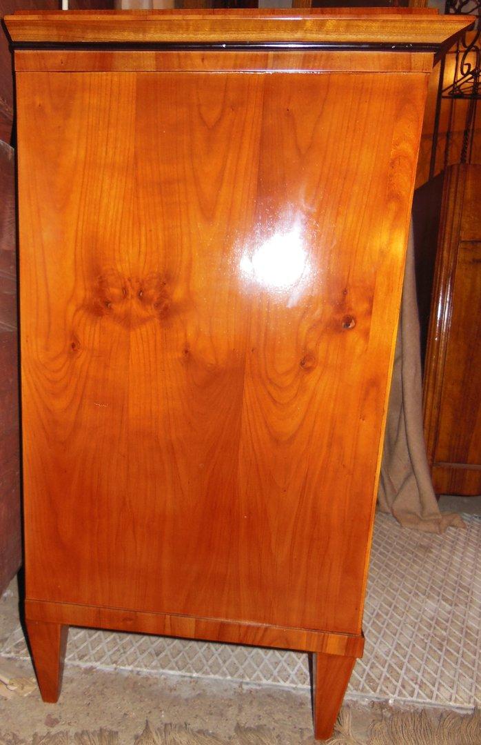 orginale biedermeier anrichte kirschbaum furniert um 1830 40 antik m bel antiquit ten alling. Black Bedroom Furniture Sets. Home Design Ideas