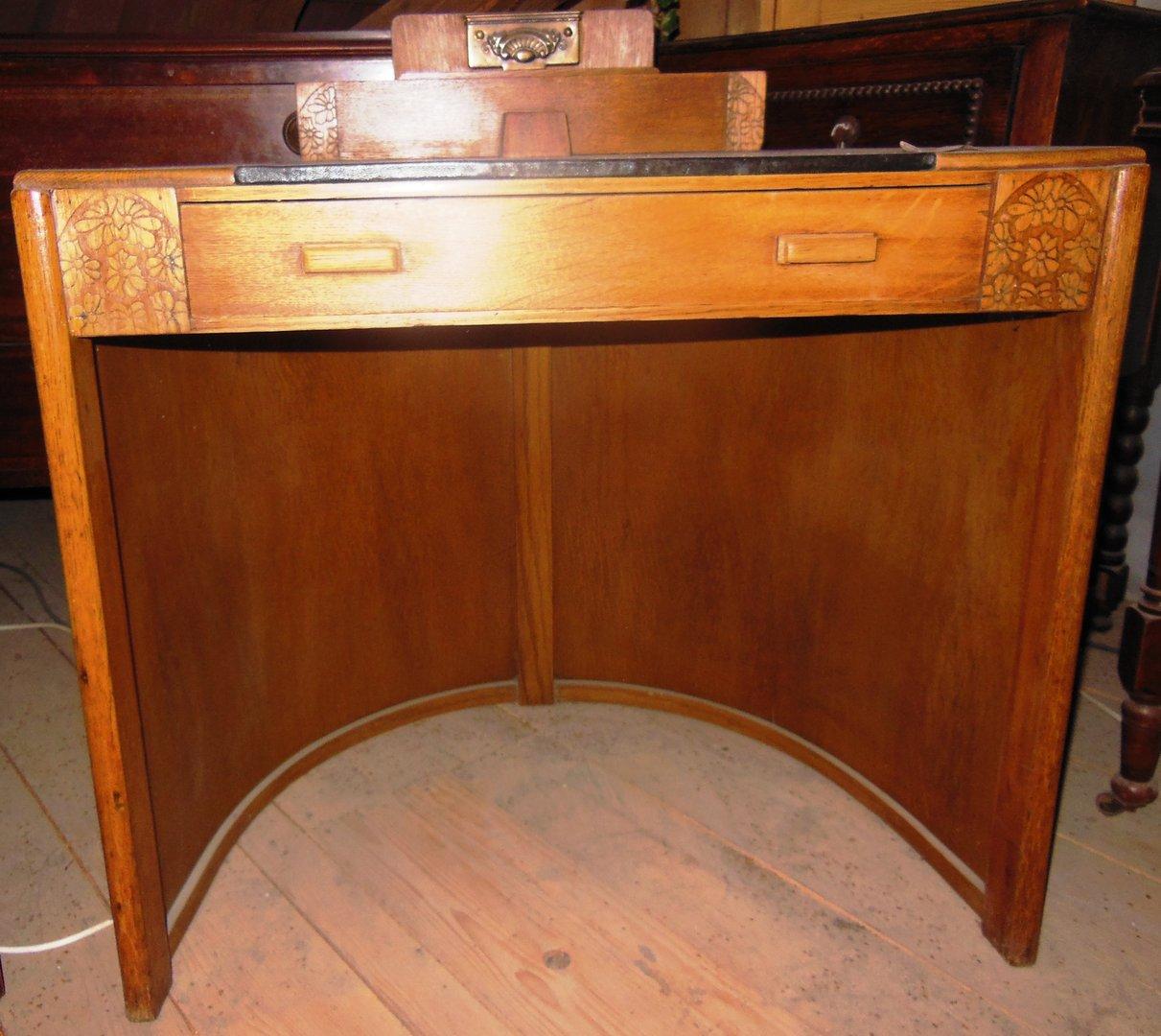 art deco schreibtisch hell mit leder um 1925 antik m bel antiquit ten alling bei m nchen. Black Bedroom Furniture Sets. Home Design Ideas