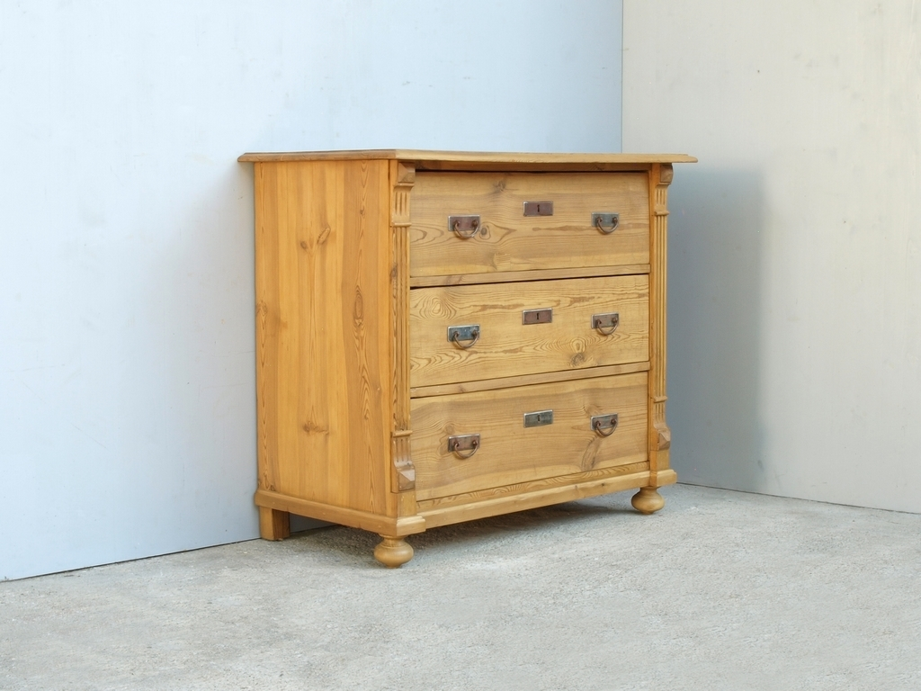 alte antike restaurierte bauernkommode in fichte massivholz antik m bel antiquit ten alling. Black Bedroom Furniture Sets. Home Design Ideas