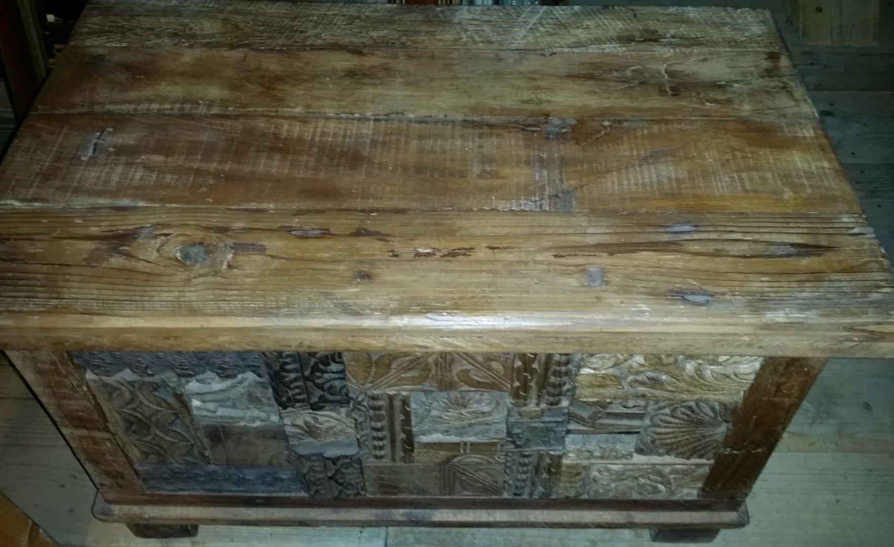 alte kleine truhe aus indien p rchen m glich antik m bel antiquit ten alling bei m nchen. Black Bedroom Furniture Sets. Home Design Ideas