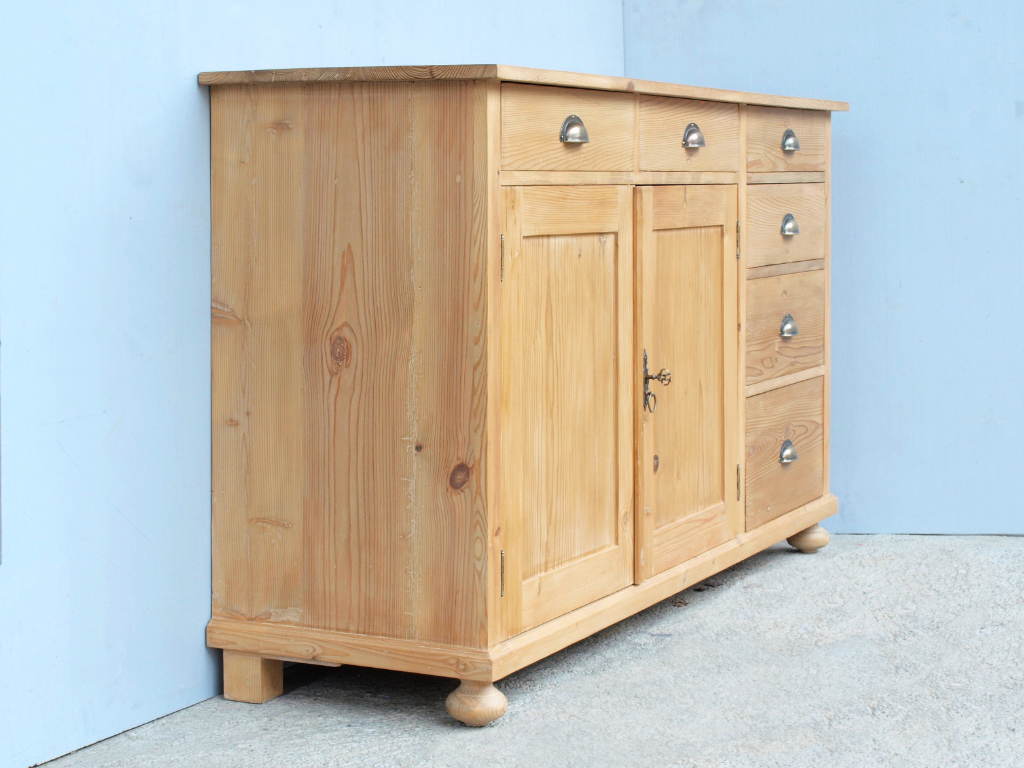 langes sideboard awesome warner schrankwand tvilum. Black Bedroom Furniture Sets. Home Design Ideas