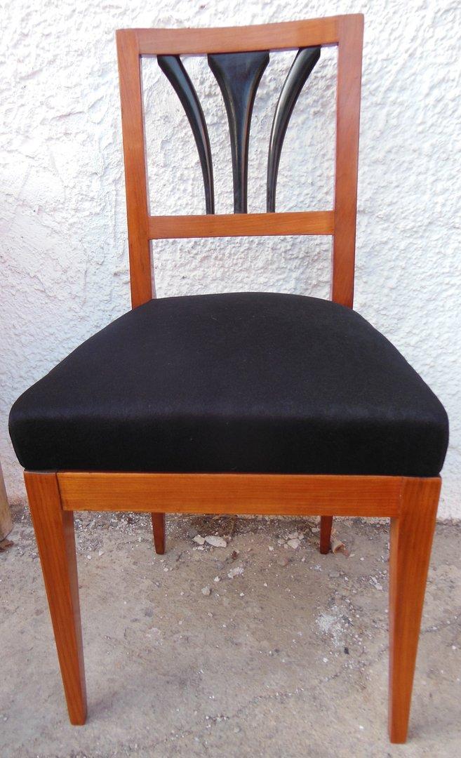 Ein Biedermeier Stuhl Kirschholzstuhl 2 Stuck Moglich