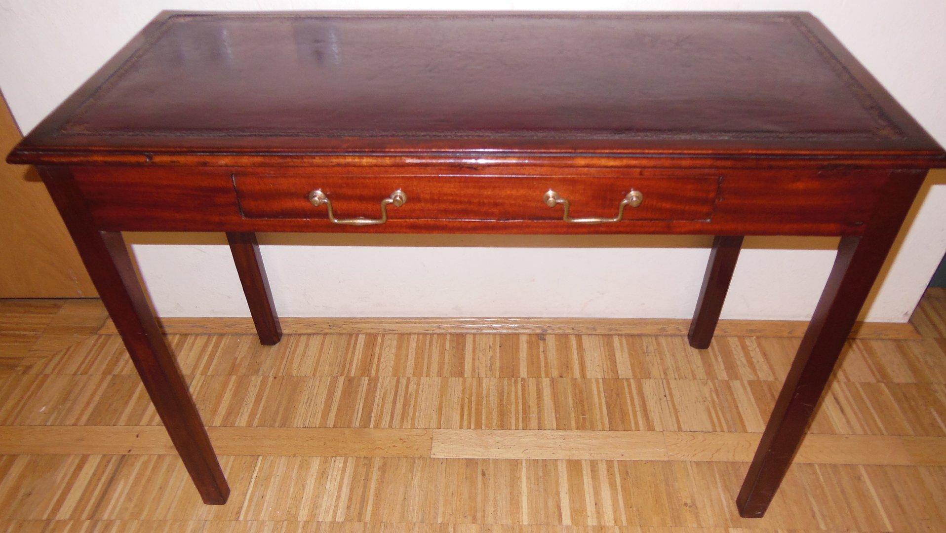 kleiner englischer schreibtisch rotes leder mahagoni schreibtisch antik m bel antiquit ten. Black Bedroom Furniture Sets. Home Design Ideas