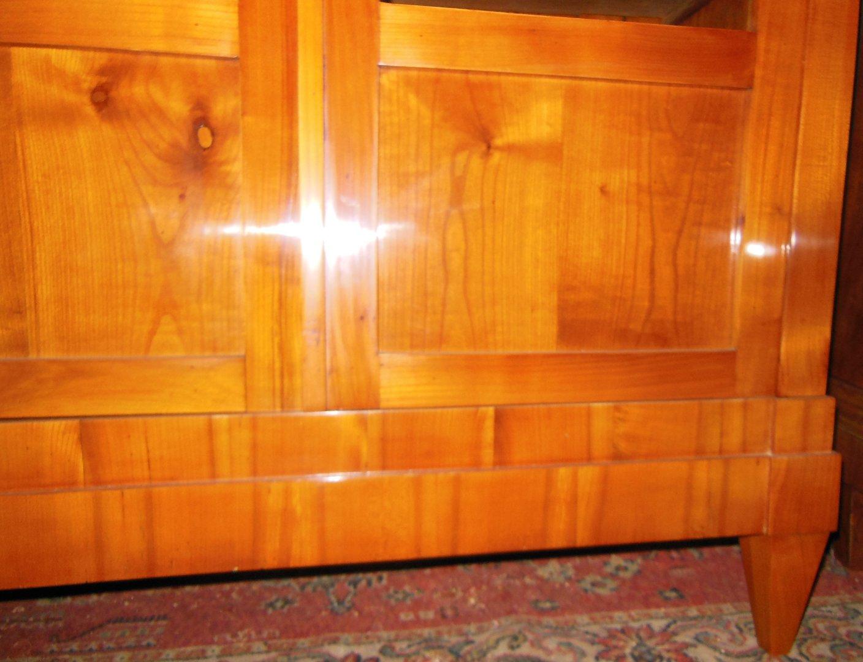 biedermeier b cherschrank kirschholz b cherschrank um 1830 40 zerlegbar antik m bel. Black Bedroom Furniture Sets. Home Design Ideas