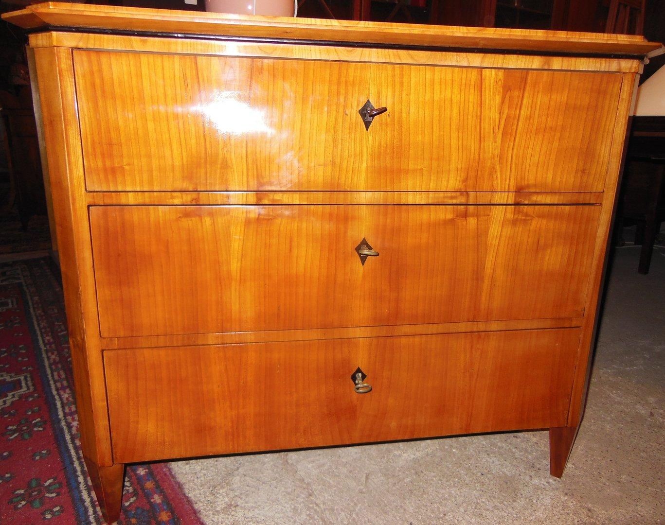 kirschholz kommode biedermeier kirschholz kommode um 1840. Black Bedroom Furniture Sets. Home Design Ideas