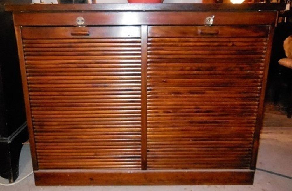 Englischer Rollschrank um 1920 - Antik Möbel Antiquitäten Alling bei ...