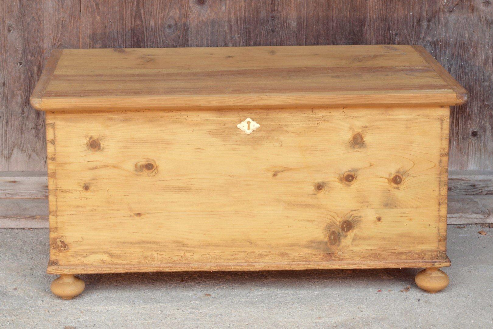 Alte Antike Truhe Holztruhe Kiste Holzkiste Bauernmöbel Antike