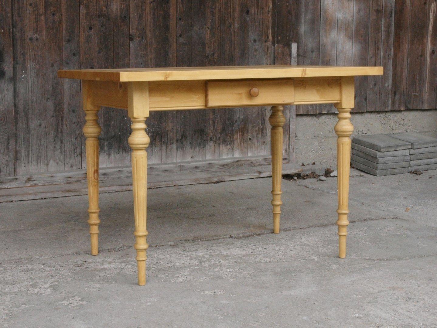 Esstisch Tisch Massivholz Fichte 120 x 80 cm mit gedrechselten ...