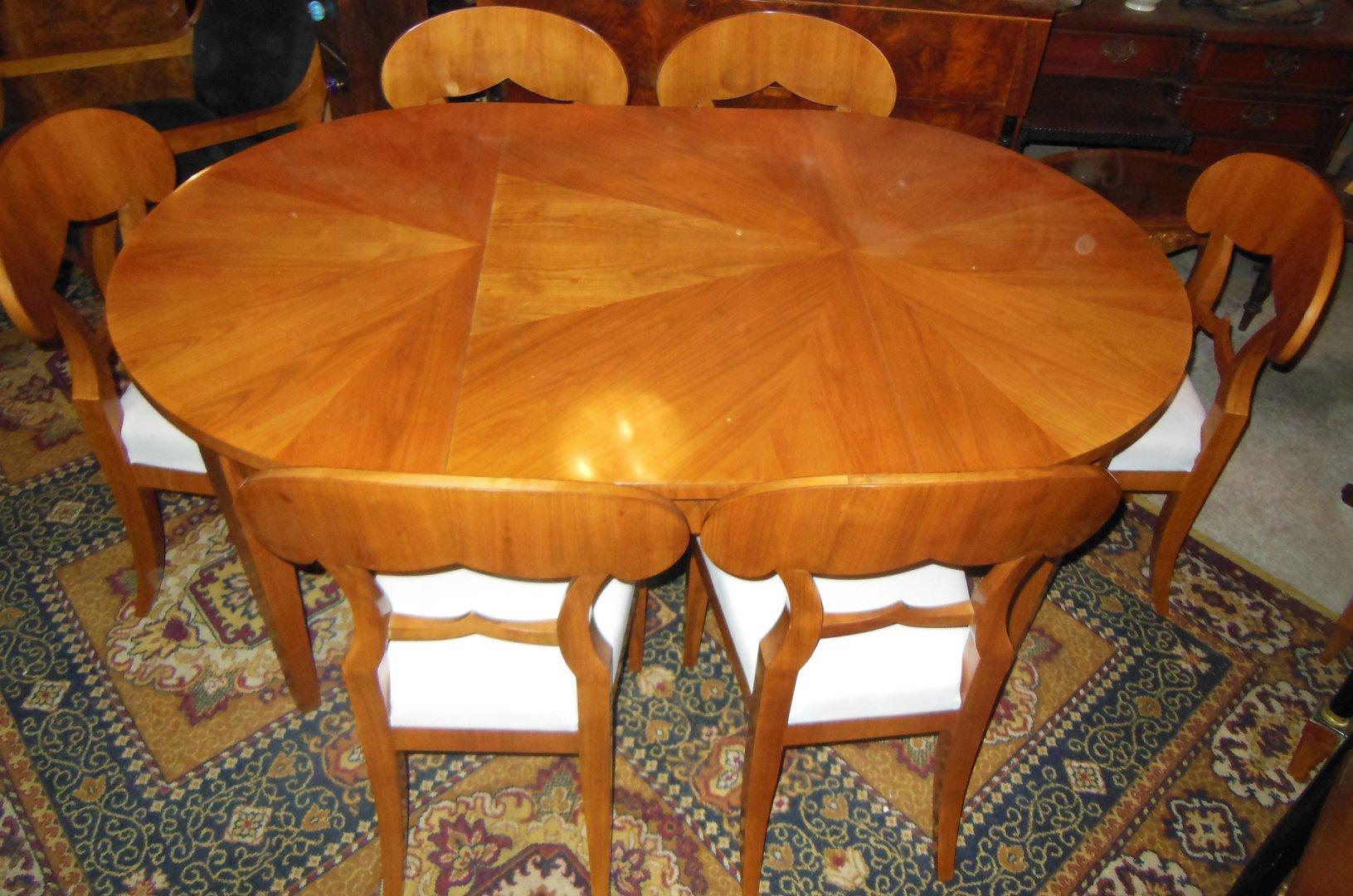 Antike möbel tische und stühle  Runder Biedermeier-Stil-Tisch mit 2 Einlegeplatten ovaler ...